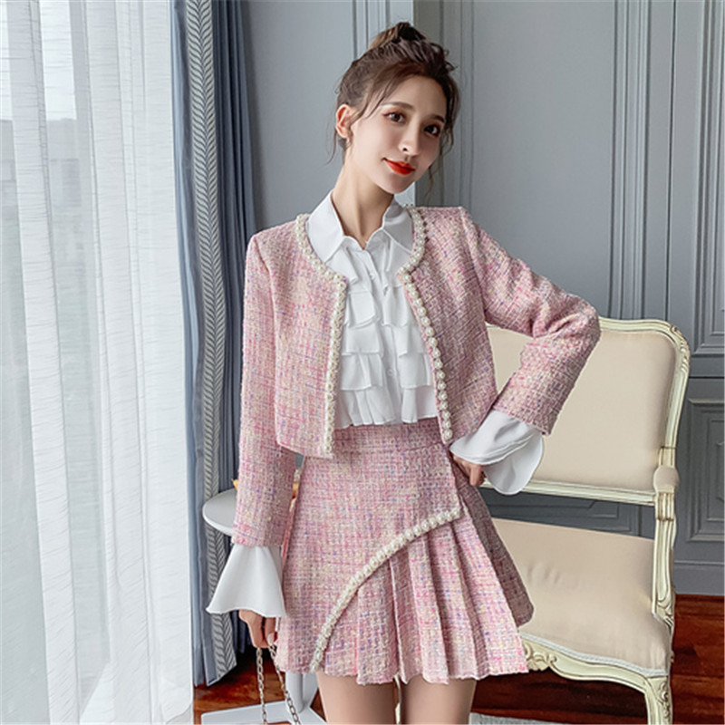 2019 Autumn Winter Women Tweed 2 Piece Set Women Fashion Pearl Slim Short Jacket Coat + A Type Pleated Mini Short Skirt Suit