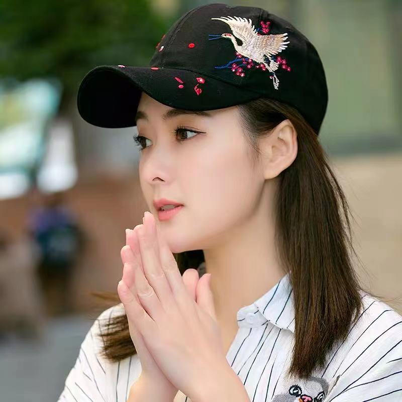 Chinese style embroidery curved brim hat fashion all-match baseball cap spring and summer sun visor cap