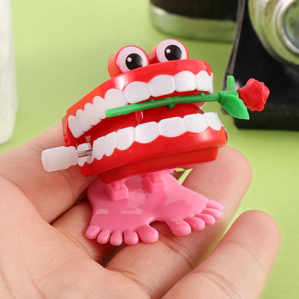 1pcs Walking Chattering Denture Teeth Modeling Rose Clockwork Toys Mini Kids Christmas Wind Up Toys Gifts