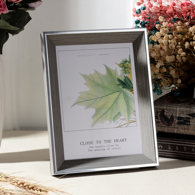 Beautiful Nordic Picture Frame Color: E Size: 10 inch