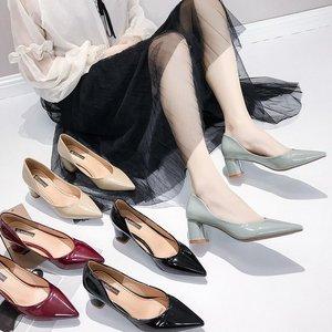 Image 2 - Женские туфли на высоком каблуке в европейском стиле; коллекция 2019 года; сезон весна; новые женские туфли лодочки; тонкие туфли с острым носком на толстой подошве; Рабочая обувь