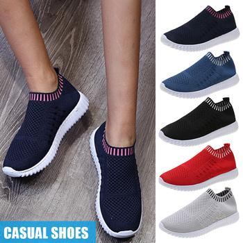 Letnie buty męskie sportowe buty moda lekkie oddychające buty do chodzenia Slip-on mężczyźni Mesh mieszkania buty B2Csho tanie i dobre opinie Swokii Średnie (b m) Niskie RUBBER Na płótnie Shoes Lunarlite Spring2019 Pasuje prawda na wymiar weź swój normalny rozmiar