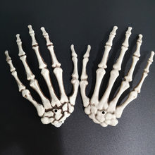 Halloween Skeleton Hand Paw Skeleton Haunted Secret Room Bar Horror House Party Decoration Props Plastic Ghost Hand