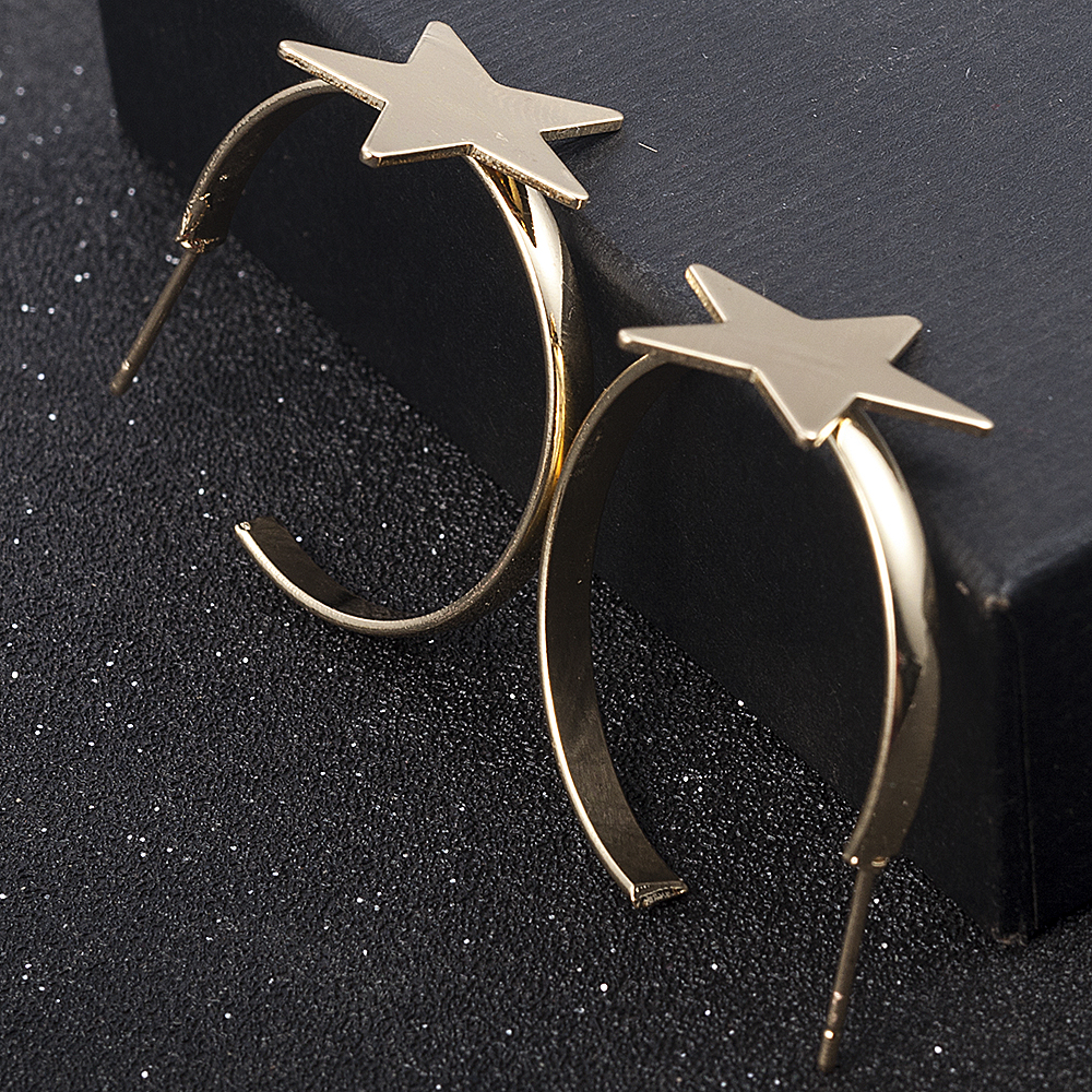 New Fashion Five-pointed Star Studs Best Selling Simple Popular Gold Stars Earrings Jewelry Wholesale Cute Earrings