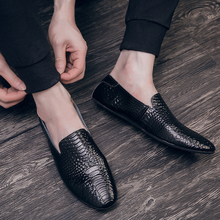 Black Men Loafers Shoes Luxury genuine leather Slip-on Moccasins Casual Men Shoes fashion loafers Men's Flats driving Shoes 2020 soft women shoes flats moccasins slip on loafers genuine leather ballet shoes fashion casual ladies shoes footwear
