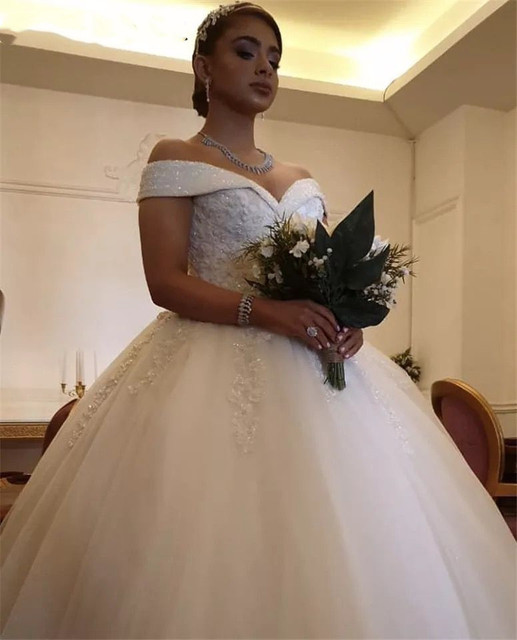 Luxury Crystal Beads Princess Wedding Dresses Lace Applique V Neck Off Shoulder Bridal Gowns With Lace Up Back vestido de noiva 4