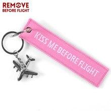 Rosa me beije antes do vôo chaveiro chaveiro bordado etiqueta com metal avião chaveiro para presentes de aviação carro chaveiros