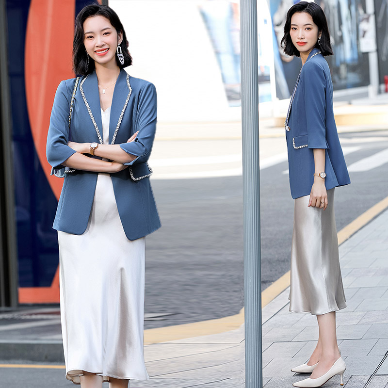 Высокая-конец, который подчеркивает темперамент девушек Костюм платье наряд nv отбеливающая серия chun Чжуан модный светильник со ацетат сати...