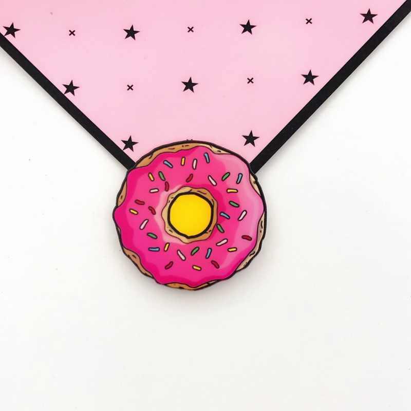 1 szt. Piękne kreskówki kultowe przypinki Kawaii ikona odznaka Bacges na plecaku przypinki do ubrań akrylowe plakietki do szycia