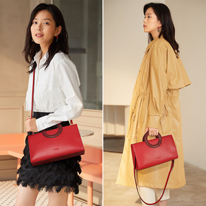 Image 2 - FOXER Lady Elegant Hand Bags Cowhide Women Stylish Shoulder Bag Leather Tote Female Luxury Messenger Bag Fashion Brand Bag Purse