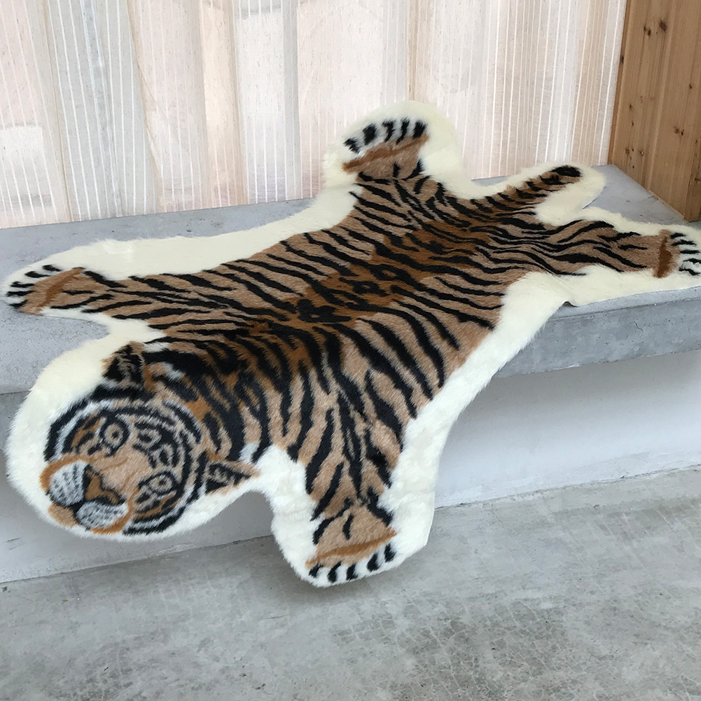 Washable Portable Tiger Shape Rug Decorative Simulation Living Room Animal Print Home Floor Mat Soft Multi-Purpose Lightweight