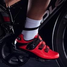 Santic mężczyźni obuwie rowerowe oddychające antypoślizgowe palladowe klamry rzepy rowerowe buty szosowe lekki rozmiar azjatycki