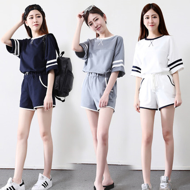 2020 Summer New Short Fashion Pajamas Two Piece Set Summer Short Sleeve Shorts Running Casual Sportswear Set Women's Fashion