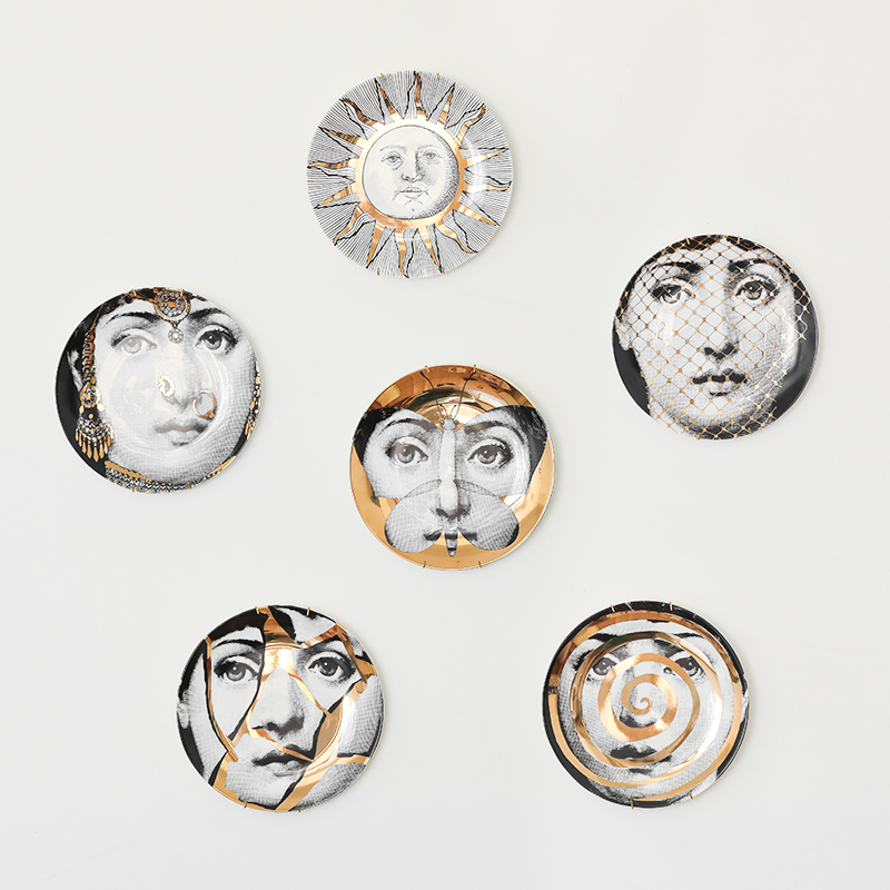 2019 New Top Fashion Milan Piero Fornasetti Plates Gold Illustration Hanging Dishes Sample Room Home Hotel Decoration