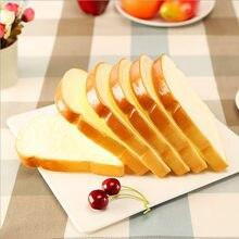 1Pcs Artificial Alimentos Pão Toast Comida Ocidental Bolos de Pastelaria Cozinha Acessórios De Decoração de Mesa de Arte esboçar adereços