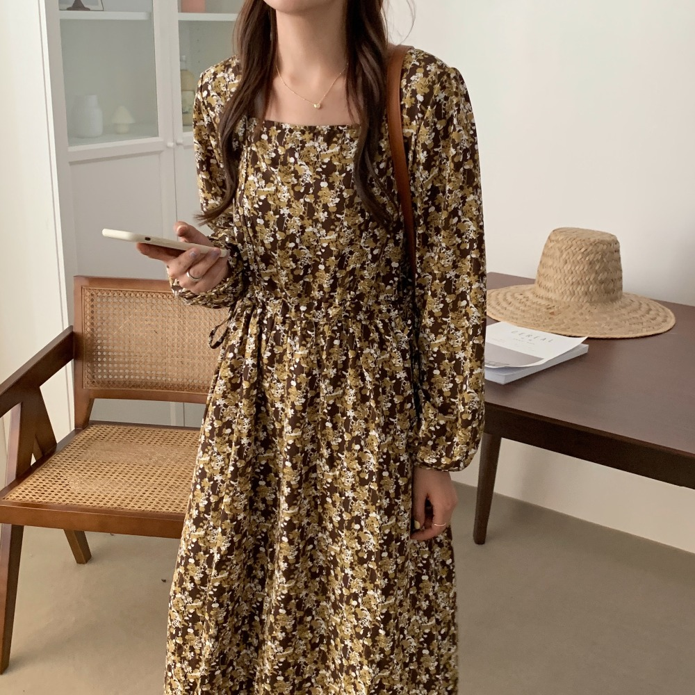 H848b154341454e12bf49295016314c44C - Autumn Square Collar Lantern Sleeves Floral Print Midi Dress
