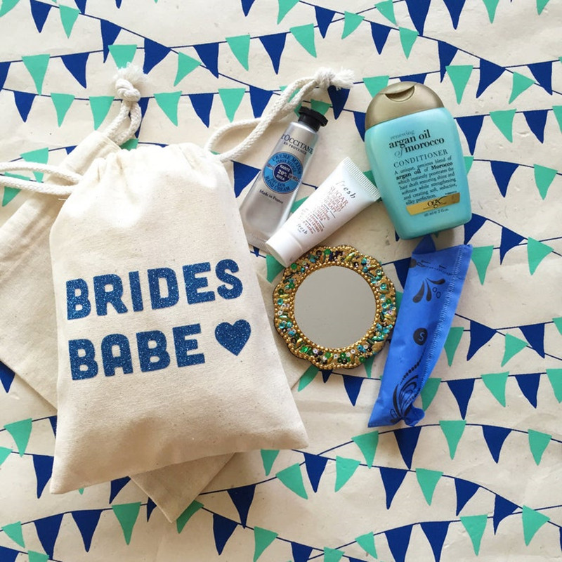 BRIDES BABE BAG Personalised Bridal Shower Gift Bags Bachelorette Favor Bags Muslin Hangovers Kit Hen Weekend Emergency Kit Bags