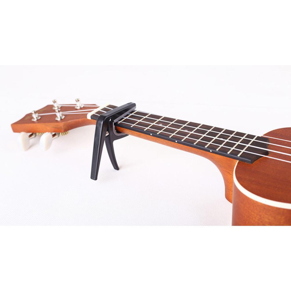 קאפו מקצועי לגיטרת יוקלילה 3