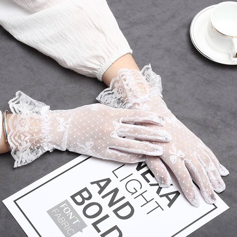 Fashion Lace Bowknot Gloves Women Transparent Fishnet Gloves Girls Full Finger Sunscreen Gants Party