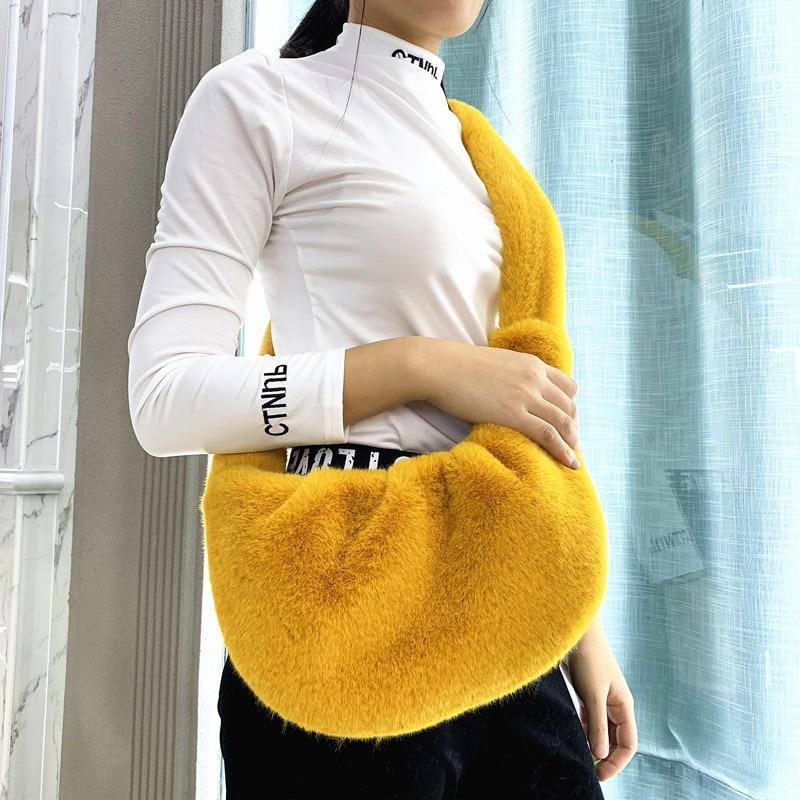 Bags For Women 2019 Winter Faux Fur Crossbody Pack Trendy Plush Messenger Bag Casual Fur Shoulder Bags Bolsa Feminina A46801