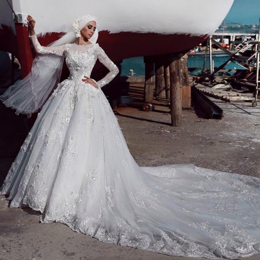 Full Sleeves Train For Long Women Luxury Appliques Lace Muslim Bridal Gown Vestido De Noiva 2018 Mother Of The Bride Dresses