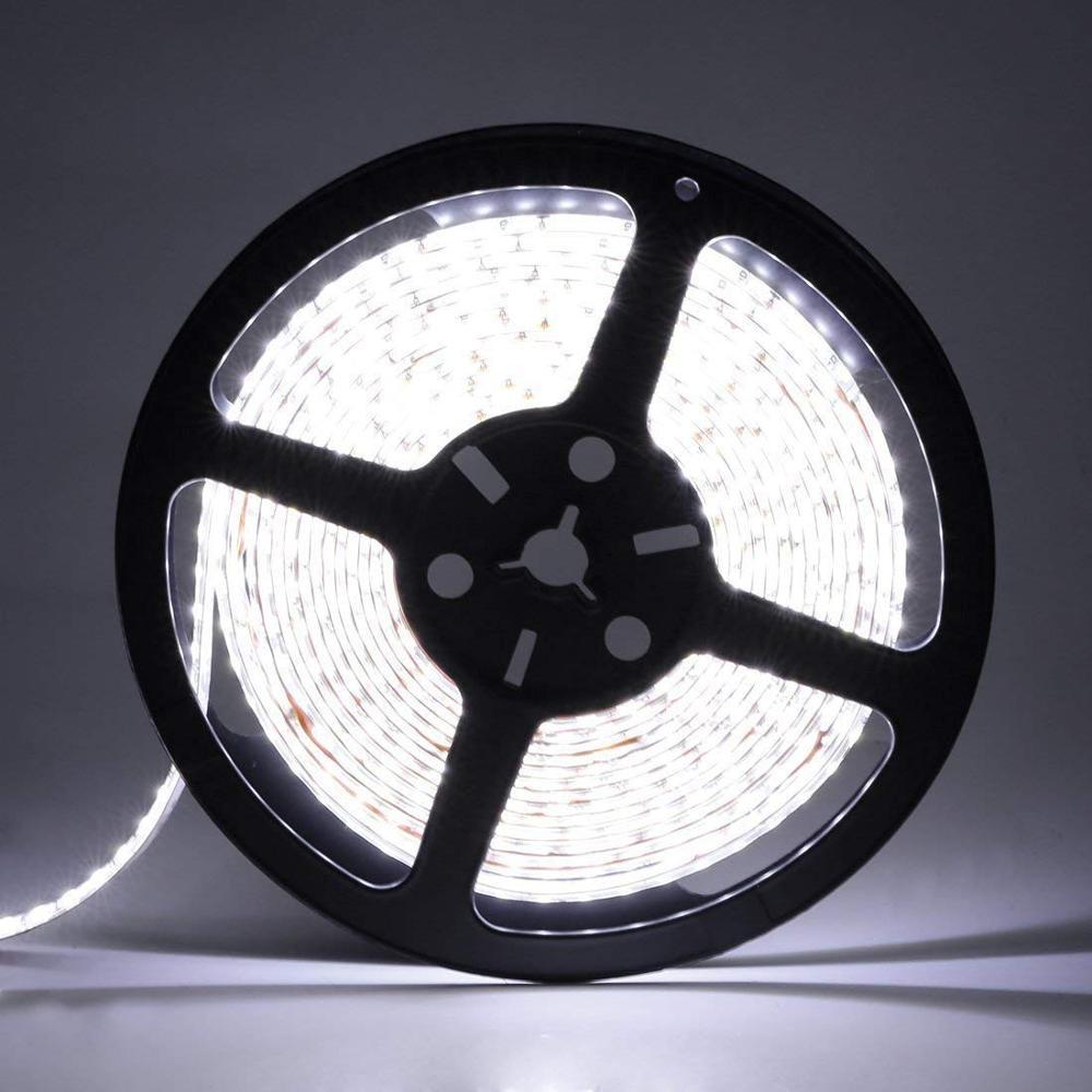5M 300Leds no resistente al agua RGB tira de Led de luz 2835 DC12V 60 Leds/M Fiexble luz Led cinta decoración del hogar de la lámpara Tira de LED RGB impermeable 5050 5M 10M 15M 20M 30M DC 12V RGBWW RGBW tiras de luz LED flexibles agregar controlador amplificador de potencia