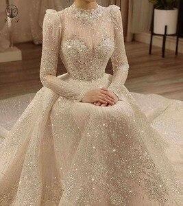 Image 1 - Vintage Vestidos De Novias High Kragen O Neck Bling Bling Glitter Stoff Langarm Ballkleid Muslimische Hochzeit Kleider