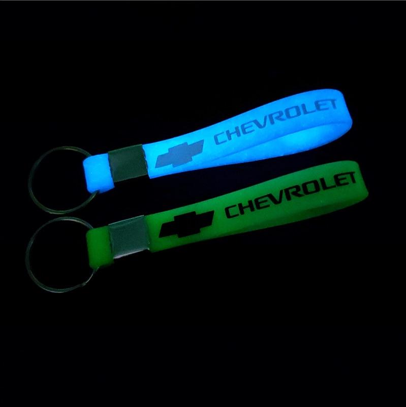 Car Sticker Luminous Key Holder Gift Key Chains KeyRings For Chevrolet Cruze TRAX Aveo Lova Sail EPICA Captiva Malibu Volt