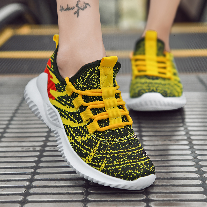 Sports Shoes Child Light Weight Comfortable Sneakers Child Design  Footwear Fly Weave Outdoor Jogging Shoes