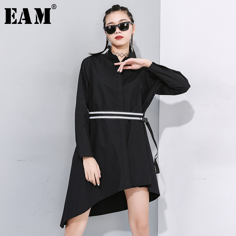 [EAM] Women Black Asymmetrical Buckle Split Blouse New Lapel Long Sleeve Loose Fit Shirt Fashion Tide Spring Autumn 2020 1N485
