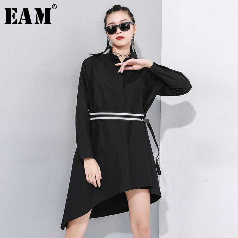 [EAM] Women Black Asymmetrical Buckle Split Blouse New Lapel Long Sleeve Loose Fit Shirt Fashion Tide Spring Autumn 2020 1N485
