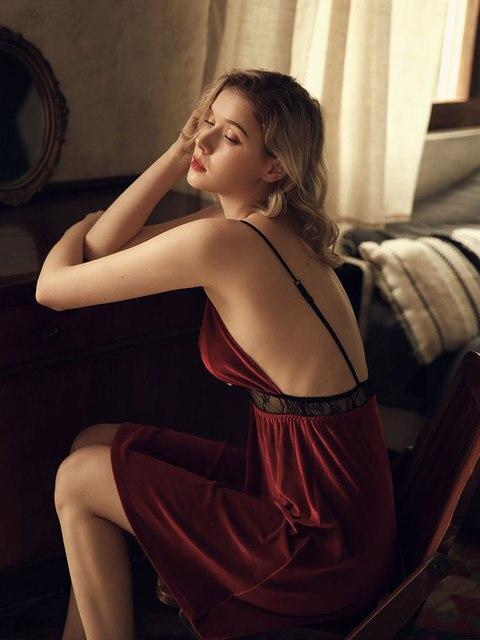 French Sexy Sleepwear Women Lace Hollow Sling Backless V-neck Nightdress Velvet Night Dress Lingerie Winter Nightgown 5