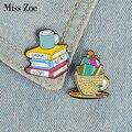 Эмалированная заколка для чтения напитков, кофейных цветов на заказ, брошь на рюкзак, булавка для одежды, мультяшный значок, бижутерия для ч...
