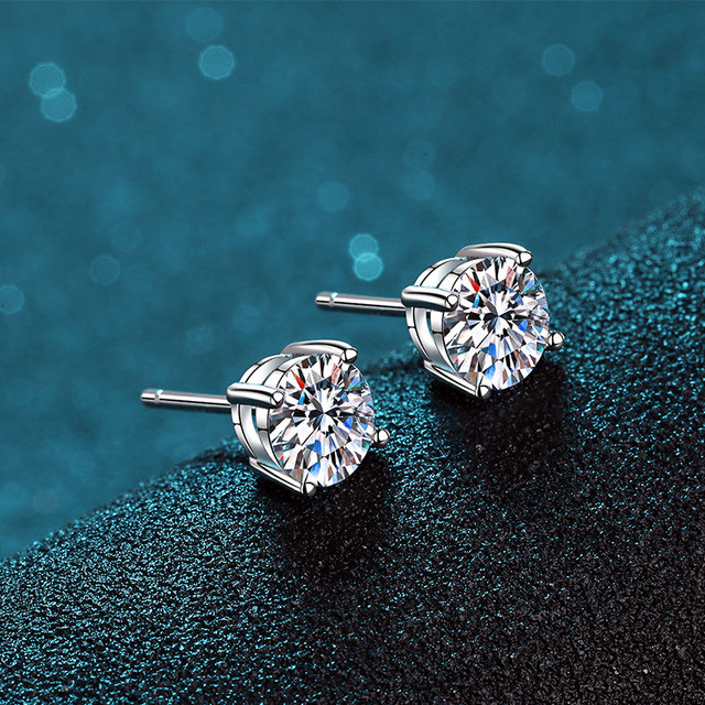BOEYCJR 925 Classic Silver 0.5/1/1.5ct F color Moissanite VVS Fine Jewelry Diamond Stud Earring With certificate for Women Gift 4