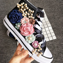 2019 Fashion Women Sneakers Casual Shoes Female Summer Canvas Shoes Lace-up Women Flat Hand Made Flower Ladies Shoes Sneakers недорого