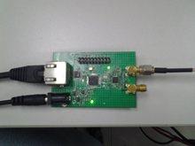 Placa da fonte do sinal do rf, saída 35mhz-4400mhz, laço bloqueado fase, e configuração arm7