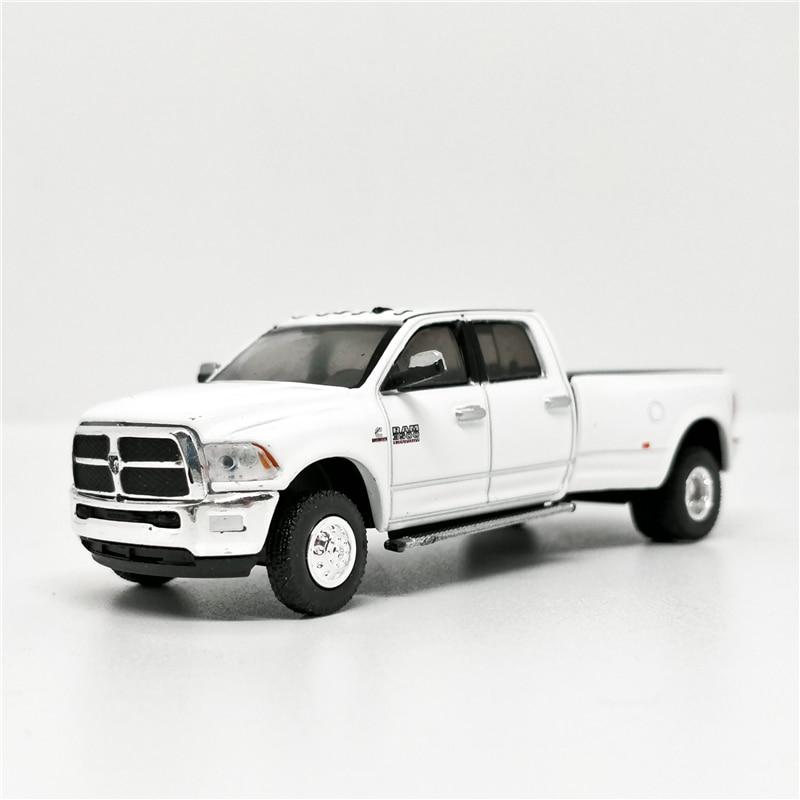 Greenlight 1:64 2018 Dodge Ram 3500 Laramie Pick Up Truck White No Box