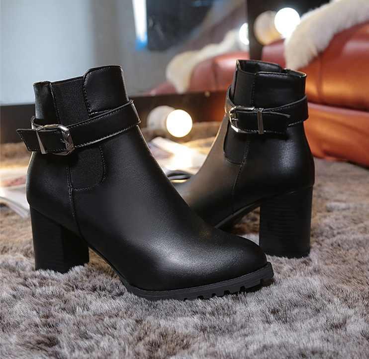 Kadın yarım çizmeler Kış Süet Yüksek Topuklu Çizmeler Bayan Moda Sivri Burun Gladyatör Siyah deri ayakkabı Kadın Artı Boyutu 42