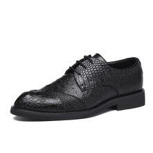 Zapatos de vestir para hombre, calzado Formal de cuero para boda, marca de lujo, tallado, negocios, oficina, planos, Oxford, 2020