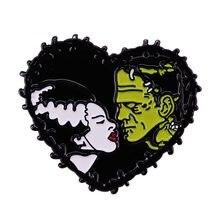 Broche de filme de terror de ficção científica compartilhe seu amor macabro!