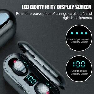 Image 2 - TWS V5.0 블루투스 이어폰 8D 스테레오 무선 헤드폰 스포츠 무선 이어폰 LED 2000 mAh 충전 빈 전화 홀더