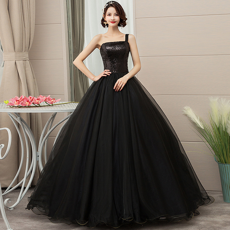 One Shoulder Quinceanera Dress Black Ball Gowns For Adults Sweet 16 Dress Robe De Bal Puffy Dresses For Prom 15 Years Old Dress