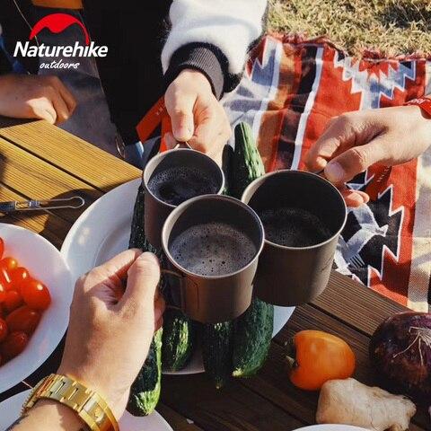 ao ar livre jantar para viagem acampamento