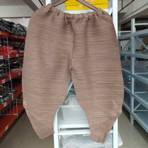 Image 5 - LANMREM 2020 autumn autumn New Pattern Elastic Waist Pleated Ankle Length Solid Color Loose Ladies Fashion Harem Pants BA696