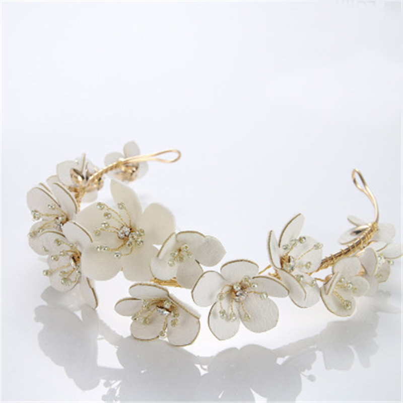 Hot White Flower Bridal Hairpins Beauty Handmade Floral Crown Wedding Jewelry Bridal Hair Accessories Rhinestone Crown For Bride