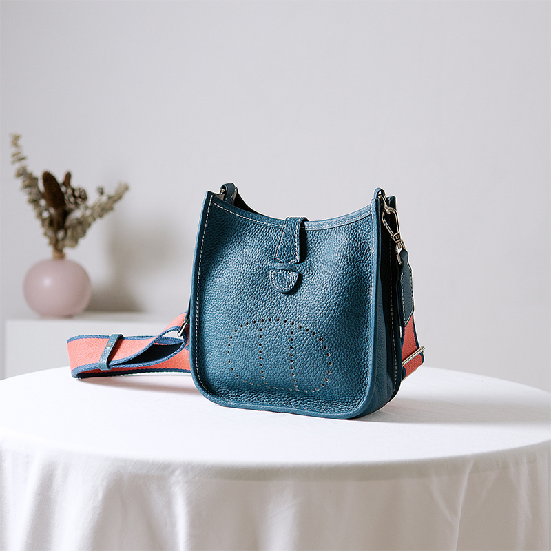 Casual Crossbody Bag for Ladies