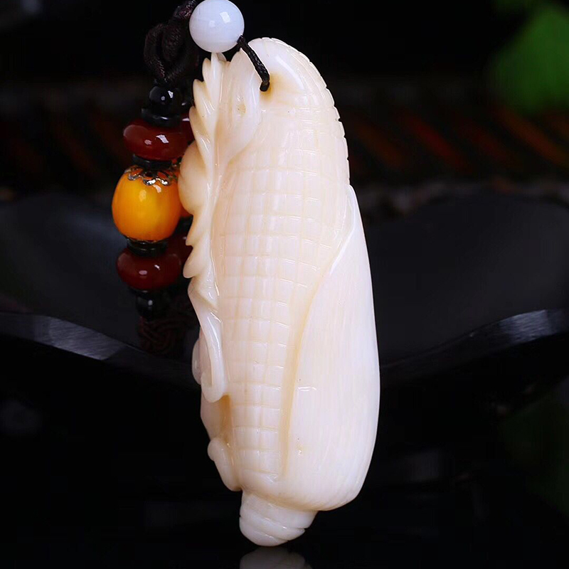 En gros jaune naturel Shell pendentifs sculpté maïs pendentifs collier chanceux pour femmes hommes mode santé pendentif bijoux