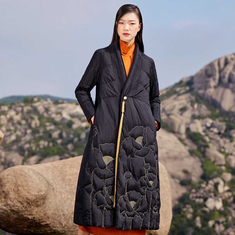 Winter Oversized Retro Embroidery Duck Down Coat Female Over The Knee X-long Warm Down Jacket Thick Warm Parkas F416