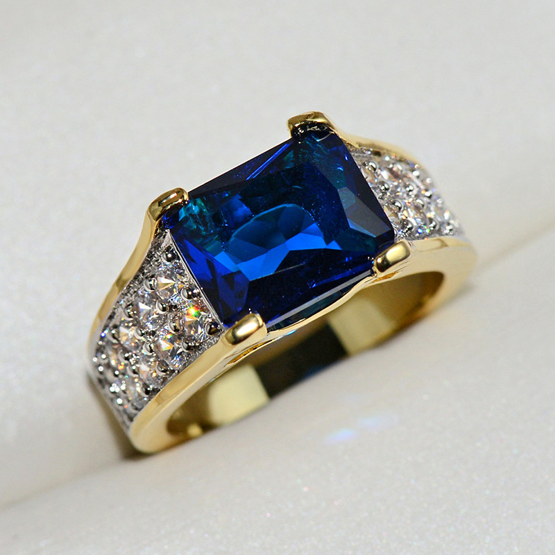 18K Golden Fashion Square Sapphire Lady Ring With Transparent Crystal Recreational Sports Jewelry Luxury Ring For Men And Women