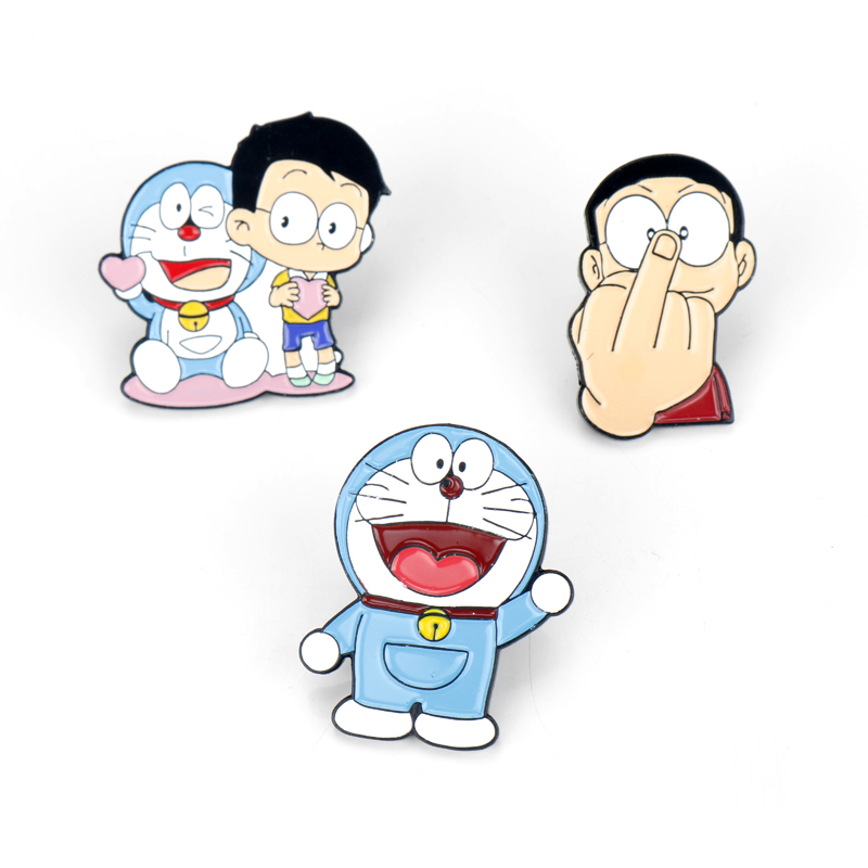 Chibi Maruko nursery girl cartoon princess smile wind male children brooch pin button badge